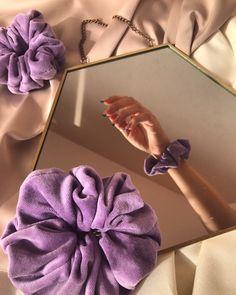 Diy Hair Scrunchies, Look Street Style, Handmade Wire Jewelry, Instagram Frame, Lilac, Purple, Diy Hair Accessories, Sewing Clothes, Diy Hairstyles