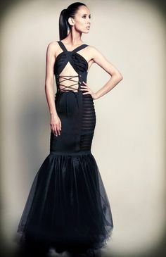 New York Fashion Week: Adolfo Sanchez brings the drama to high-end fashion High Class Fashion, High Fashion Outfits, High End Fashion, Unique Fashion, Fashion Models, Womens Fashion, Drama, Mexican Dresses, Fitness Fashion