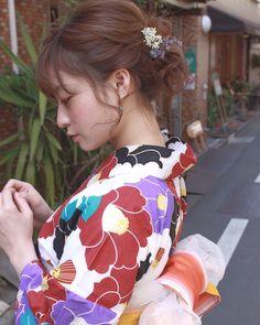 Japanese Culture, Japanese Girl, Yukata Kimono, Hair Arrange, Up Styles, Woman Face, Traditional Outfits, Cute Girls, Hair Makeup