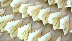 oh!myWedding: Divertidos aviones de papel - segnaposto/escort card
