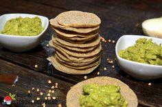 Podpłomyki gryczane, czyli gryczaki Avocado Toast, Guacamole, Mexican, Breakfast, Ethnic Recipes, Food, Diet, Kitchens, Morning Coffee