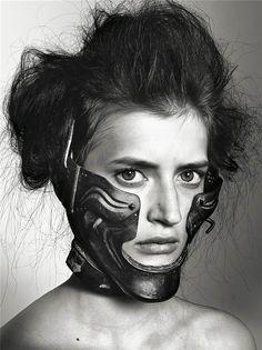 Richard Burbridge Mask photography for Livraison Magazine  By Cyril Foiret / 20 Jul 2009 @ 7:28 pm