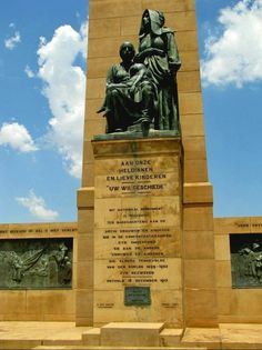 memorial to the women Paul Kruger and the President Martinus Theunis Steyn of the Orange Free State Boer War Memorial, Bloemfontein, Free State, South Africa Free State, African History, Africa Travel, Countries Of The World, Travel Photos, South Africa, Beautiful Places, Scenery, Places To Visit