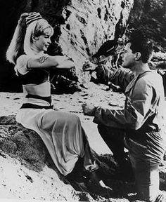 !Plisss esta no podía faltar! Primer episodio de mi bella genio,  el día que el Mayor Anthony Nelson cae en su recorrido hacia la luna y es rescatado por Jeannie.  ❤