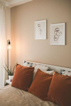 Restful sleep and comfortable! // display on // the right wall color for a restful night's sleep is very important. Bedroom Inspo, Bedroom Decor, Bedroom Wall, Grey Walls, New Room, Minimalist Home, Home Renovation, Room Inspiration, Bed Pillows