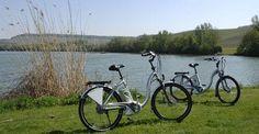mit rund 1000 km markierten Radwegen und Themenrouten, E-Bike Vermietung, Akkuwechselstationen, tägliche geführte Rad- und MTB-Ausfahrten und den deutschlandweit einmaligen RadServiceStationen ein Eldorado für Pedalritter.