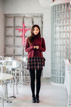 31 Winter Business Outfits To Be The Fashionable Woman In Your Office - Femalinea Stylish Work Outfits, Fall Outfits, Casual Outfits, Cute Outfits, Business Outfits, Business Fashion, Pink Shirt With Tie, Mini Skirt Dress, Looks Vintage