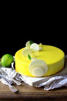 Fancy Desserts, No Cook Desserts, Fancy Cakes, Patisserie Fine, Cake Recipes, Dessert Recipes, Mirror Glaze Cake, Modern Cakes, Adult Birthday Cakes
