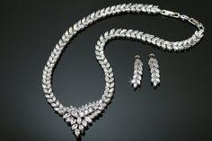 gorgeous zirconia wedding set in rhodium plated Wedding Sets, Plating, Diamond, Bracelets, Jewelry, Bangles, Jewlery, Jewels, Bracelet