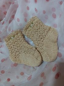 Unique: tutorial calcetín Knitted Animals, Cute Crochet, Fingerless Gloves, Arm Warmers, Barbie Dolls, Baby Shoes, Slippers, Socks, Unique