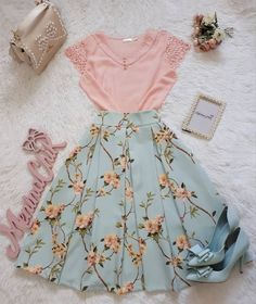 Stylish New Year Outfits Ideas to Rock Your Parties - Outfit Ideen Cute Skirt Outfits, Cute Skirts, Modest Outfits, Pretty Outfits, Pretty Dresses, Beautiful Outfits, Cool Outfits, Casual Outfits, Bar Outfits