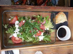 Salaatti laatikossa