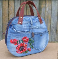 Best 12 Love the rounded shape of this upcycled denim handbag, the floral embroidery, and the leather straps! Denim Handbags, Purses And Handbags, Leather Handbags, Cheap Purses, Cute Purses, Blue Jean Purses, Denim Flowers, Denim Crafts, Recycled Denim