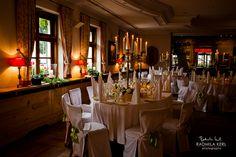 rustically wedding location event location in the dark with candleholder http://www.brauereigasthof-aying.de/page/index.php/de/  by © radmila kerl wedding photography munich schöne Hochzeitslocation