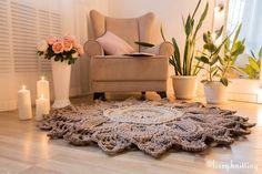168 отметок «Нравится», 7 комментариев — КОВРЫ ◾ ТАПКИ ◾ СУМКИ (@lizzy.knitting) в Instagram: «Через детали рождается уют в доме💒 А я помогу вам создать это волшебство🤗 ◾ Интерьерный 3D-ковер в…»