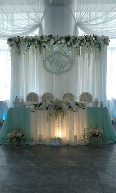 Wedding photography, study this beautiful photo article here. Green Wedding Decorations, Diy Wedding Backdrop, Backdrop Decorations, Backdrops, Wedding Chairs, Wedding Table, Wedding Ceremony, Wedding Church, Party Wedding