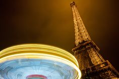 ITAP of a merry-go-round under the Eiffel Tower http://ift.tt/2mwYcOx