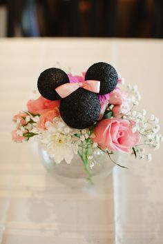 Minnie Mouse Birthday Party Minnie Mouse Centerpiece Minnie Mouse Flowers www.sweetlychicevents.com
