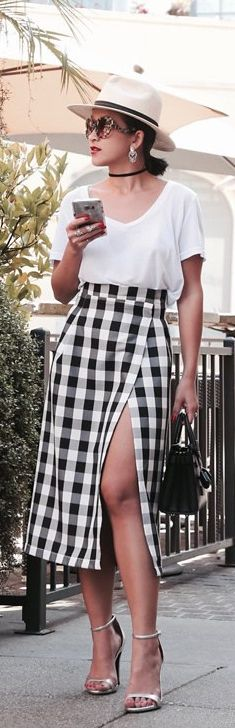 56 Ideas For Fashion Shoes Zara 70s Outfits, Cute Outfits, Classy Photography, Fashion Shoes, Fashion Outfits, Women's Fashion, Fashion Magazine Cover, Summer Work Outfits, Trendy Fashion