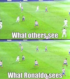 What #cristiano #ronaldo...LOL #CR7 #Messi #fifa #fifa16 #fifa17 #easportsfifa #easports #ea #coins #fut #ut #fut17 #football #futbol #soccer #likeforlike #like4like #likeplease #tagsomeone #tagsforlikes #followforfollow #follow4follow