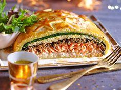 Découvrez la recette Koulibiac de saumon facile sur cuisineactuelle.fr.