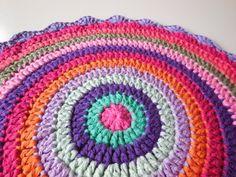 Örgü Mandala Battaniye Yapılışı - Mimuu.com Blog Crochet, Crochet Mandala Pattern, Plaid, Tapestry, Blanket, Patterns, Pattern, Gingham, Hanging Tapestry