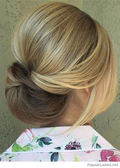 Sweet low bun hairstyle inspire