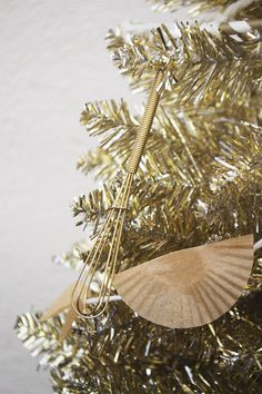 Pantry staples make quick and simple Christmas tree decorations.