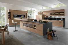 Decker Massivholz-Küchen bei Küchen Janz - Home Kitchen Room Design, Kitchen Cabinet Design, Modern Kitchen Design, Home Decor Kitchen, Interior Design Kitchen, Modern Kitchen Cabinets, Wooden Kitchen, Kitchen Dining, Luxury Kitchens