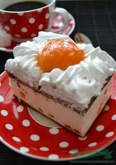 Joghurtkrémes barackos sütemény, mámorító ízek, ez maga a csoda!