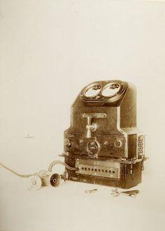 Ladegerät für Elektromotoren, um 1900, Reproduktion: Verkehrsmuseum Dresden