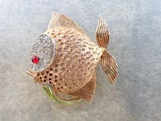 Vintage Signed JJ dimensional fish brooch figural AB531 by MeyankeeGliterz on Etsy