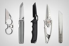 Everyone's so concentrated on the fire starters and the knives that they forget to consider what you'll wear when the seasons change. Survival Tools, Survival Knife, Yanko Design, Fire Starters, Layout Design, Cool Designs, Pocket, Knives, Change