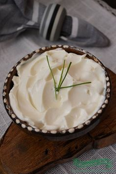 maioneza-de-post-din-lapte-de-soia Romanian Food, Romanian Recipes, Camembert Cheese, Dairy, Pudding, Cooking, Desserts, Knits, Anna