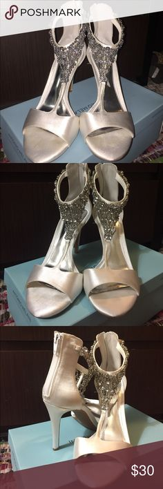 SUPER SALE ‼️Gianni Bini white satin heels These heels were worn once for a wedding. The are fully jeweled and zip up in the back Gianni Bini Shoes Heels