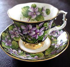 Royal Albert - Provincial Flowers - Series New Brunswick purple violet. www.royalalbertpatterns.com