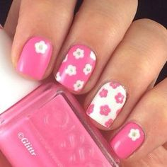 45 Pretty Nail Art 2015 - I like the idea of reversing the colours - although perhaps not on the third finger, seems to be too common at the moment, not very original.