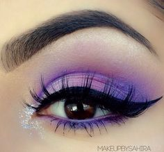 Bright CatEye by @makeupsahira in Motives Eye Shadow Trio(Impatient) and Onyx Eyeliner! #Purple #Glitter #Eyes