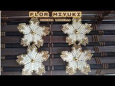 Beaded Earrings Patterns, Bead Earrings, Flower Earrings, Beaded Jewelry, Tulle Skirt Tutorial, Foot Bracelet, Peyote Stitch, Beading Tutorials, Beaded Flowers