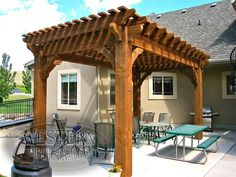 Free standing pergola with Early American stain and Roosevelt profile.