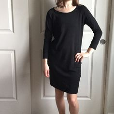 Standard JAMES PERSE. Size 1. NWTS Standard JAMES PERSE. Size 1. NWT. Super comfy sweater dress. Black color. New with tags. James Perse Dresses