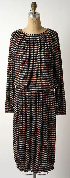Evening ensemble Missoni; (Italian, founded 1953) Date: 1982 Culture: Italian Medium: synthetics