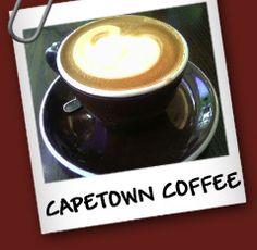 Capetown Coffee : 1 1/2 whisky - 1 taza de café negro - 1 cucharada de crema de coco - 1 cucharada de crema batida .-