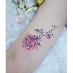 : Rose . . #tattooistbanul #tattoo #tattooing #flower #flowertattoo #rose #rosetattoo #타투이스트바늘 #타투 #장미 #꽃 #꽃타투