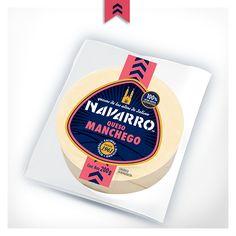 Primero que nada pica el Queso Manchego NAVARRO en cuadritos pequeños.