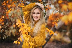 Beautiful autumn photography of a female model in orange posing in front of orange leaved trees Senior Portrait Photography, Photography Poses Women, Autumn Photography, Creative Photography, Woman Photography, Outdoor Photography, Beach Photography, Street Photography, Fashion Photography