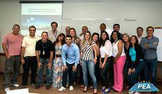 Equipe de gestores e líderes da Rodosol durante o treinamento PEA.