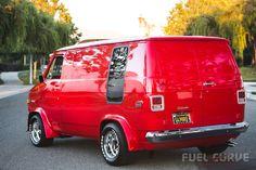 Custom VANS natural BABES & other bad ass transportation. Customised Vans, Custom Vans, Vintage Vans, Vintage Trucks, Station Wagon, Chevy Conversion Van, Chevrolet Van, Gmc Vans, Astro Van