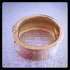 I just discovered this while shopping on Poshmark: Gold Statement Cuff. Check it out!  Size: OS