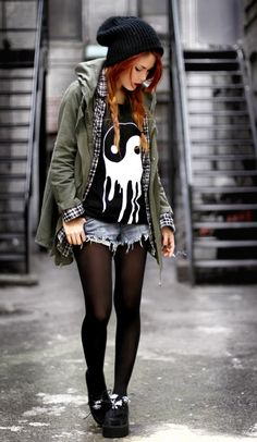 Whoever this girl is I see all over Pinterest (update: Lua P) I love literally everything she wears. Soft grunge / punk